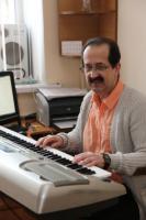 Лупинога Юрий Григорьевич, учитель музыки педагогический стаж - 2 года, стаж работы в гимназии - 2 года